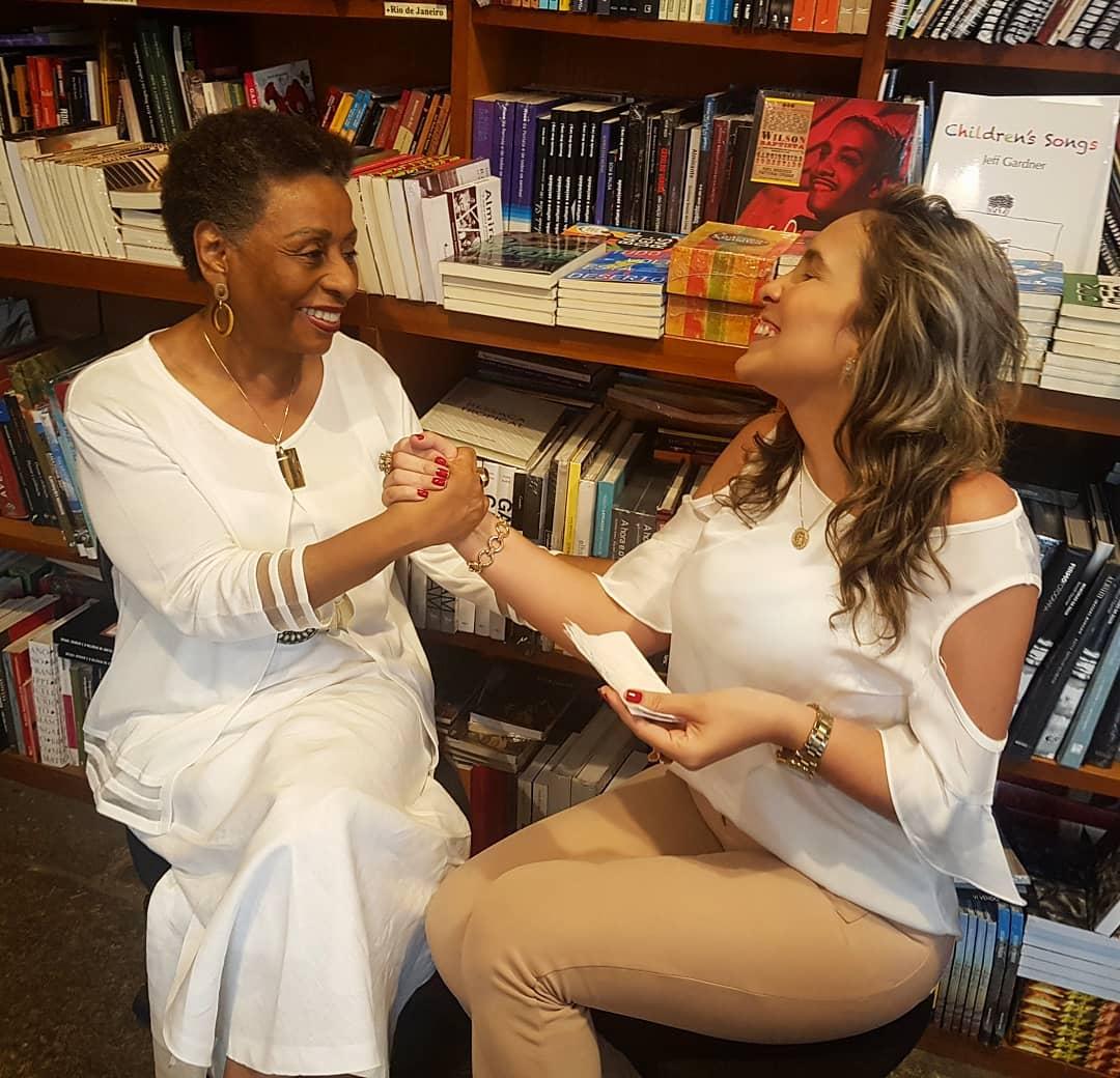 Entrevista com Dra. Ivone Ferreira Caetano